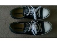 £20 ONO ladies size 6 converse ox dainty in black