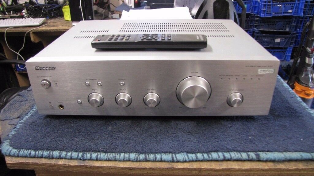 PIONEER A20 INTEGRATED AMPLIFIER.