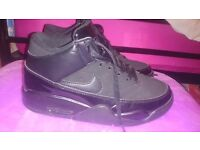 Black Nike Air Jordan Hightop Trainer Boots Great Condition UK 5.5