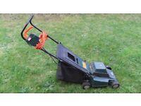 2nd Hand Black & Decker 33cm GR360 Electric Lawnmower
