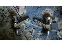Sink ans bath water taps NEW Plus 2 free used one ser picture Can delivery for petrol