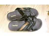 SANDLES BEACH SHOES SIZE 12 NEW