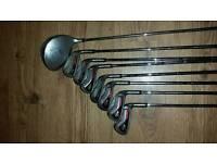 Golf clubs / bags