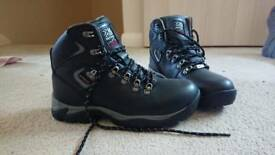 Karrimor size 5 walking boots