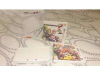 New Nintendo 3DS Pearl White + Mario Kart 7 + Super Smash Bros