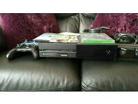 Xbox one, kinect, 2 pads and games