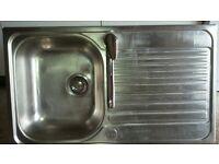 single drainer stainless steel sink