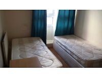 COZY SHARE ROOM FOR FEMALE***WHITECHAPEL**JUST 95 PW!!