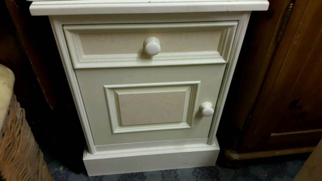 Bedside Cabinets in Ivory and Pink