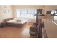 A beautiful Studio flat for Rent in North London / Finchley Central for £219 per week