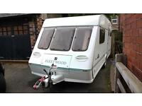 Lovely 4 Berth Fleetwood Chatsworth caravan