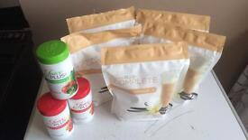Juice pause complete shake and capsules