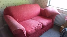 £20 *Must Go*Rustic Red 2-seater Couch