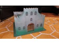 ONE OFF HAND MADE LARGE WOODEN CASTLE / FORTRESS