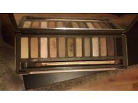 Urban decay naked pallette 2 eyeshadow