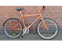 GT Hybrid Bike with Full Length Mudguards