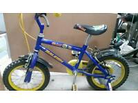 Bike to suit 3 / 5 years olds