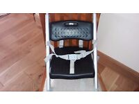 Portable travel highchair