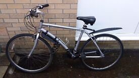 Men's Bicycle - Good Condition + extras