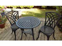 Garden Patio set, Cast Aluminium great size for garden, courtyard garden or balcony. Great condition