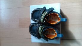 Clarks Boys First shoes Size 3 1/2 G