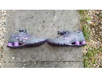 NIKE SHOX TRAINERS SHOES SIZE 5.5 EXCELLENT CONDITION
