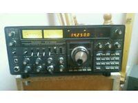 Yaesu Ft One Hf Base Radio with HM 1 hand mic