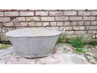 Vintage tin bath laundry planter