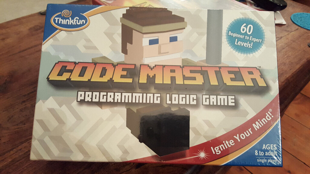 Code Master programming logic game by ThinkFun.New in sealed box. Age 8+. One player:beginner-expert