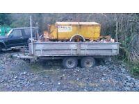 indespension tipping trailer 10x6ft 6 = £1800.00 set of mobile traffic lights £800.00