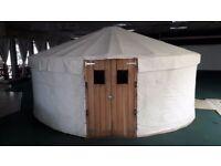 White canvas yurt 4.7m diameter