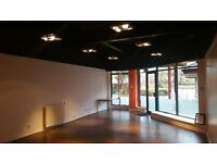 Commercial Property To Let; well proportioned & neat. (No Agency Fees and No Deposit Reqd.)