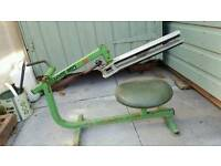 Clay trap single with seat