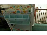 Changing unit for baby