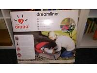 Dreamliner baby travel cot excellent condition