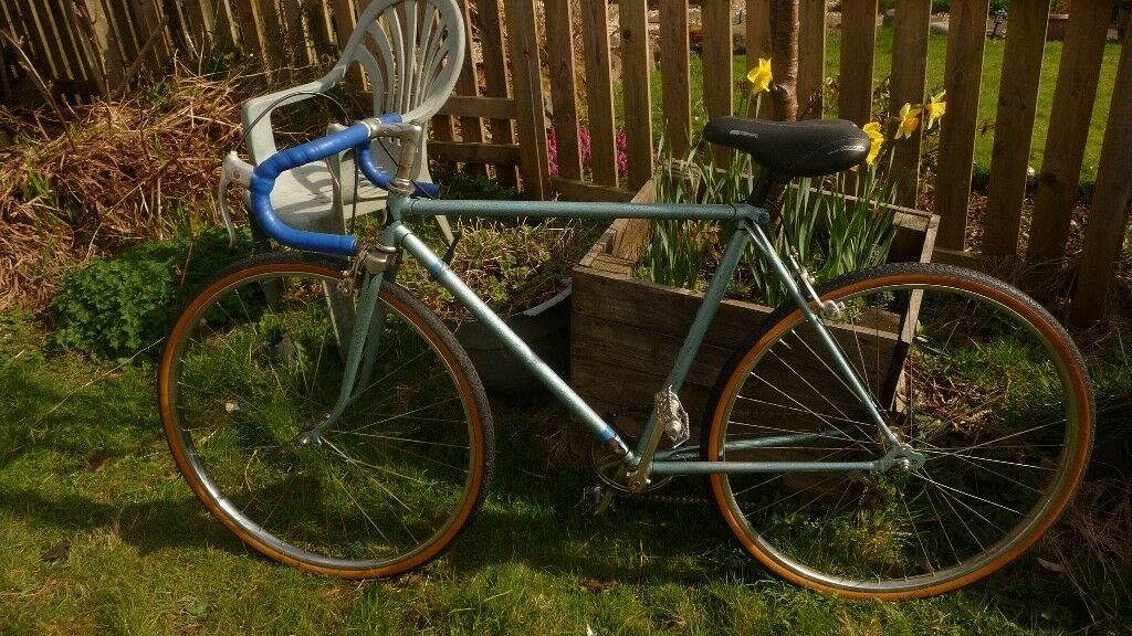 ***Gent's Puch Racing Bike *** 22 inch frame** ** 26 inch wheel** Reduced Price**