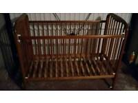 Cossato wooden cot