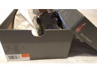 Hush Puppies mens black shoes, size 7, brand new in box