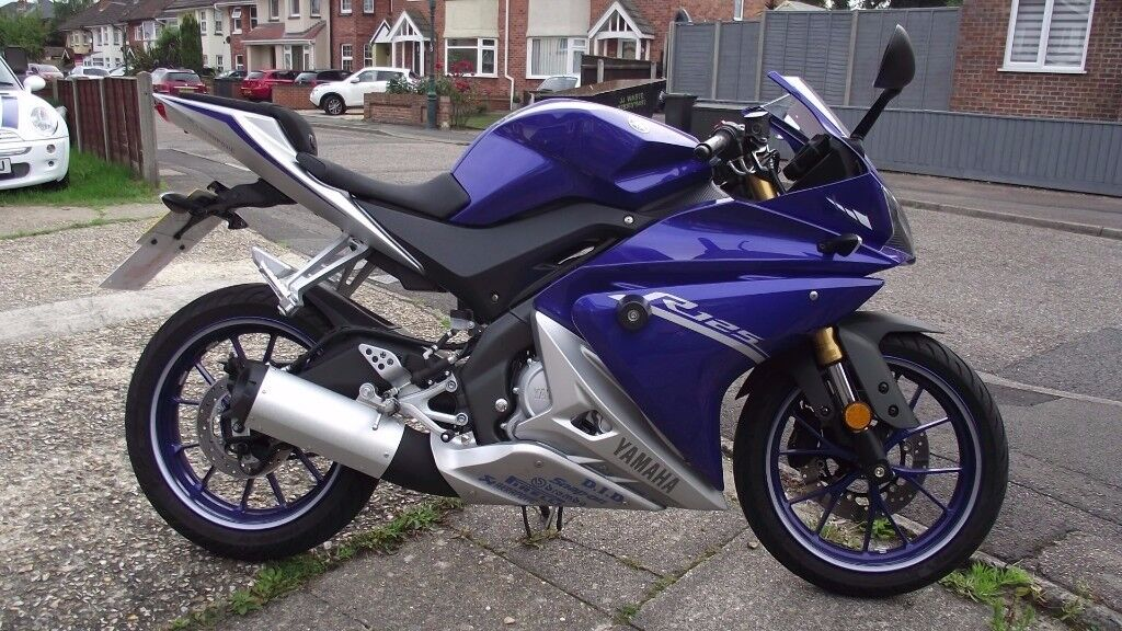 yamaha yzf r125 2017 as new in bournemouth dorset gumtree. Black Bedroom Furniture Sets. Home Design Ideas