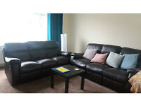 Flat share in West End/Kelvindale available July-Sep (for woman)