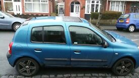 Renault Clio excellent condition- Gearbox needs fixing. Negotiable.