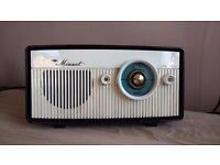Minuet Valve Bakelite Radio LW & MW -can post for extra-