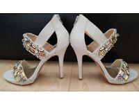 River island heels in light grey, size 6