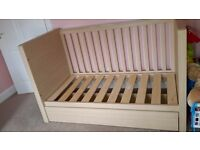 Kub Madera Cot/Day Bed and Chest of Drawers