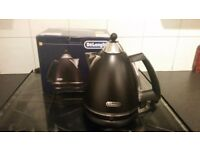 Brand new DeLonghi matt black kettle