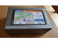 Garmin Drivesmart 61 car sat navigation