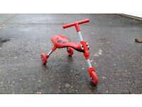 Scuttlebug Ride-on / Tricycle (Ladybird)