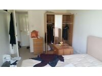 STORAGE CLEARANCE DOUBLE & SINGLE WARDROBE