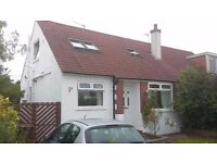 Semi-detached house in Silverknowes for rent