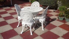Metal garden table & four chairs